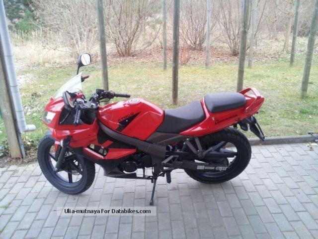2010 Kymco  Quannon 125 R3 Motorcycle Sports/Super Sports Bike photo