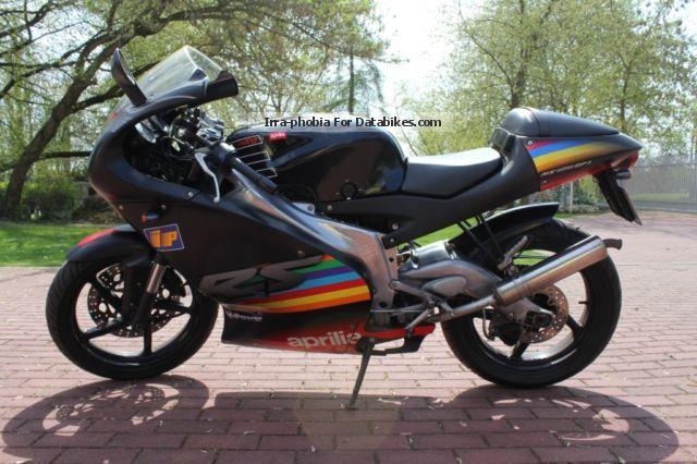 2012 Aprilia  RS 125 Motorcycle Lightweight Motorcycle/Motorbike photo