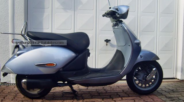 2003 Aprilia  habana 50 Motorcycle Scooter photo