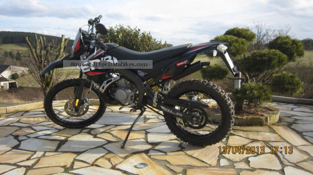 2011 Derbi  50 Senda DRD X-Treme Motorcycle Motor-assisted Bicycle/Small Moped photo