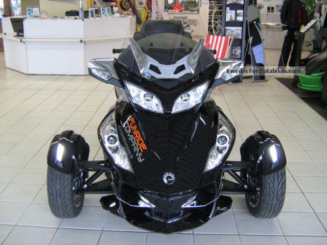 2013 Can Am  Spyder RT SE5 LTD Motorcycle Trike photo