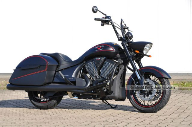 2013 VICTORY  Hardball Motorcycle Chopper/Cruiser photo