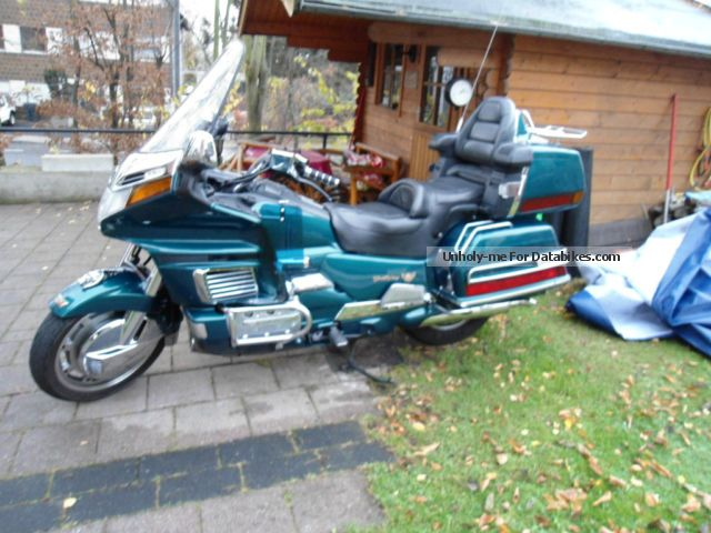 1995 Honda  honda gl 1500 se Motorcycle Chopper/Cruiser photo