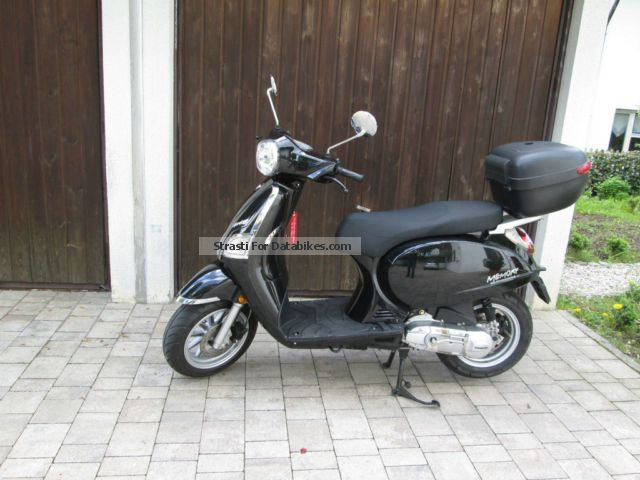 2013 Beeline  Memory Motorcycle Scooter photo