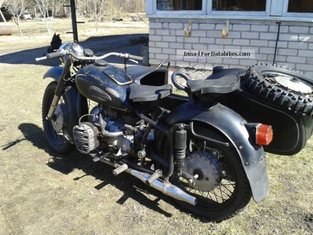 Ural  K-650 old type engine with reverse 1970 Vintage, Classic and Old Bikes photo