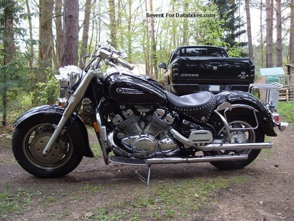 2012 Yamaha  XVZ 1300 Royal Star (U.S. model) 1 Attention Motorcycle Chopper/Cruiser photo