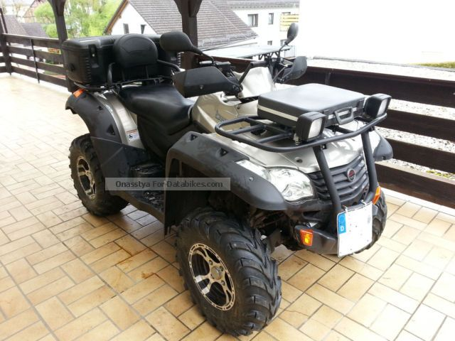 2010 CFMOTO  625 4x4 Motorcycle Quad photo