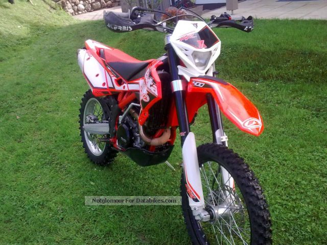 2012 Beta  400 RR Motorcycle Enduro/Touring Enduro photo