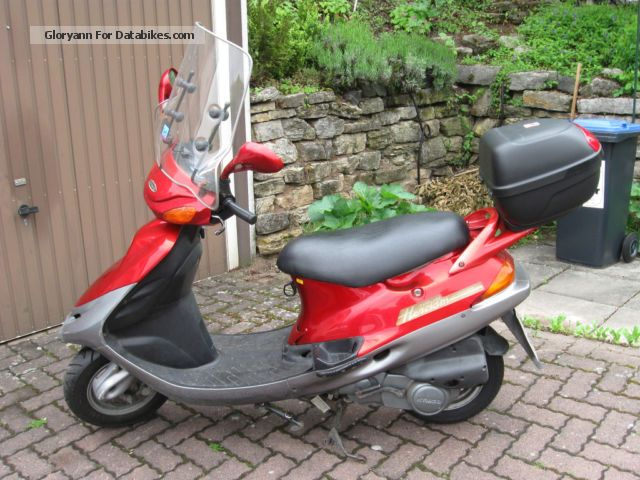 1999 Kymco  Heroism Motorcycle Scooter photo