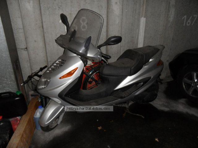 2001 Italjet  Millenium Motorcycle Scooter photo