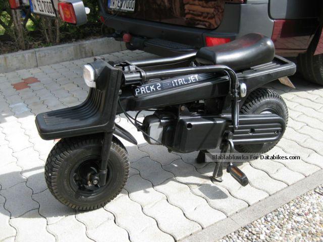 1984 Italjet Pack 2 Folding Scooter