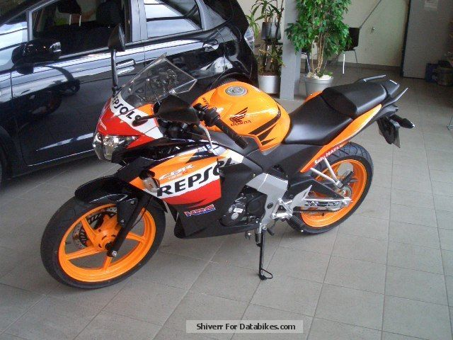 2013 honda cbr 125 r repsol. Black Bedroom Furniture Sets. Home Design Ideas