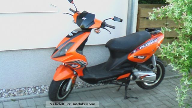 Generic  B92 2011 Scooter photo