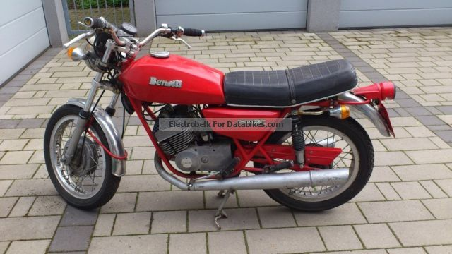 Benelli  250c 1976 Vintage, Classic and Old Bikes photo