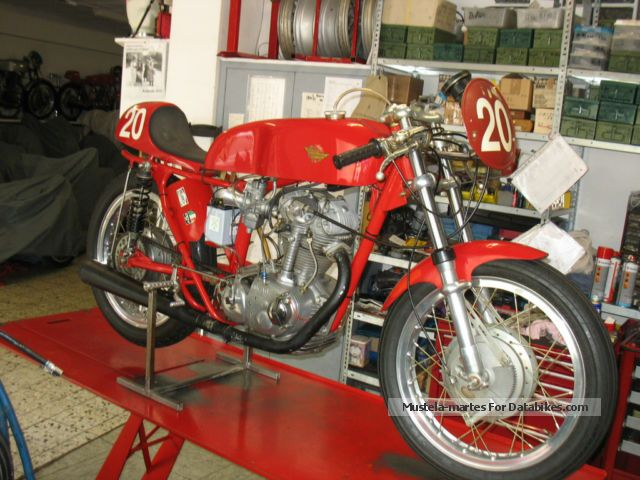 Ducati  350 S racing machine 1966 Vintage, Classic and Old Bikes photo