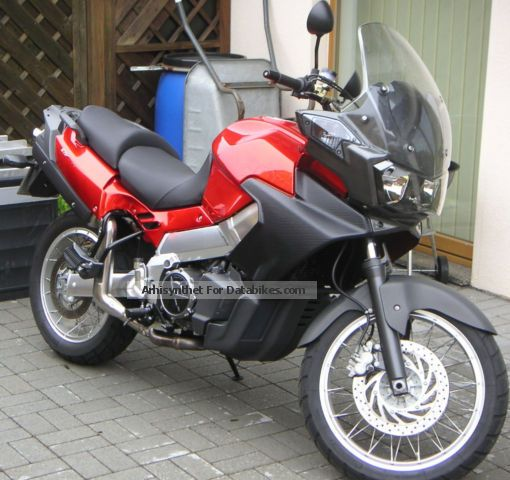 2001 Aprilia  Caponord ETV 1000 Motorcycle Enduro/Touring Enduro photo