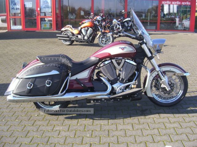 2013 VICTORY  Crossroads Classic, Cologne / Bonn Motorcycle Chopper/Cruiser photo