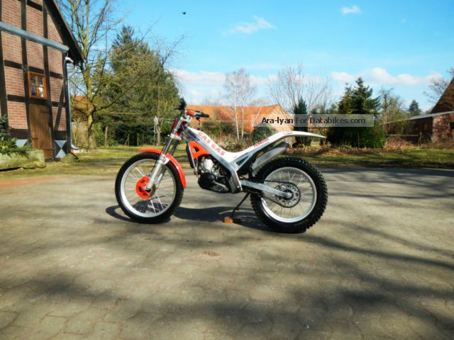 1995 Gasgas  327W Trial Motorcycle Rally/Cross photo
