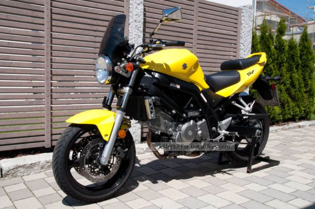 2012 Suzuki  SV 650 Motorcycle Motorcycle photo