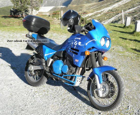 1993 Triumph  Tiger 900 Motorcycle Enduro/Touring Enduro photo