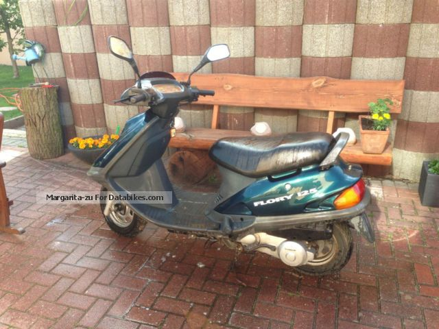 1998 Kreidler  Flory 125 Motorcycle Scooter photo