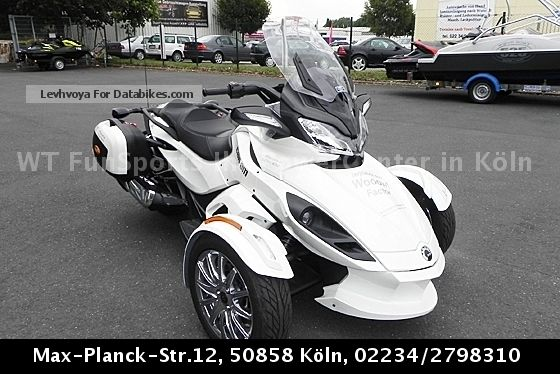 2013 Can Am  Spyder SE5 LTD ST-presenter at a special price Motorcycle Quad photo