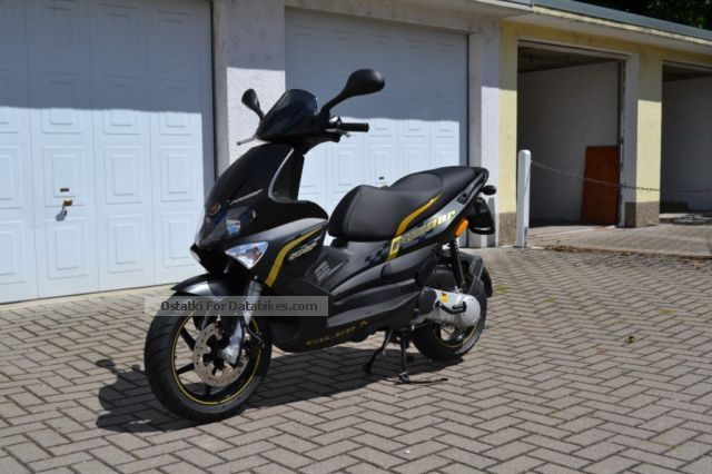 2013 Gilera  Runner 50SP Black Soul Motorcycle Scooter photo