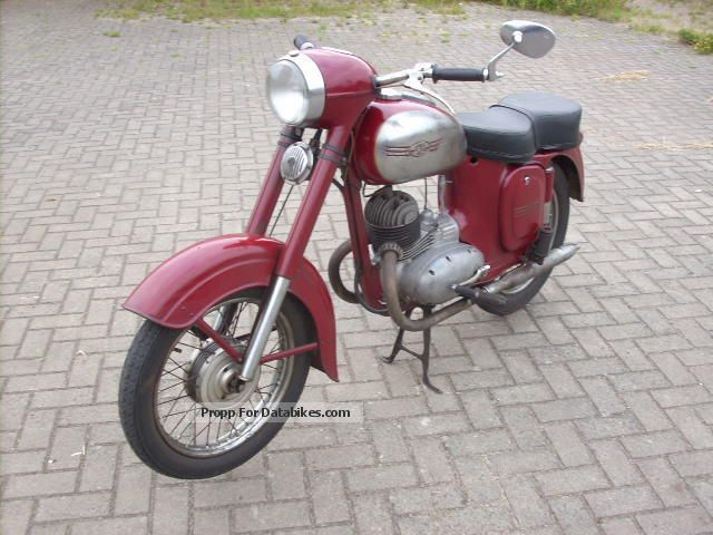 1958 Jawa  355, year 1958, with papers, new seat Motorcycle Lightweight Motorcycle/Motorbike photo