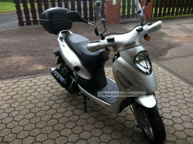 2005 Baotian  Roller BT 125 with new MoT and in top condition Motorcycle Scooter photo