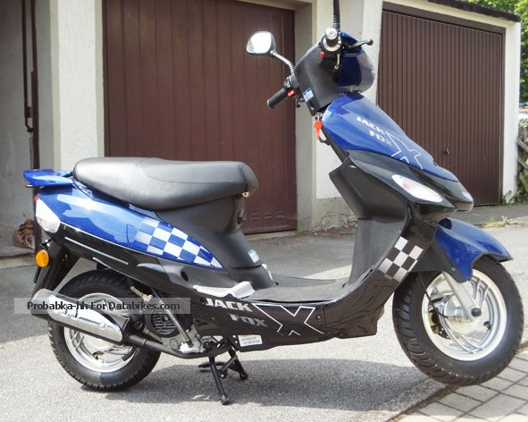 2012 Baotian  Jack Fox CITYSTAR 4 stroke Motorcycle Scooter photo
