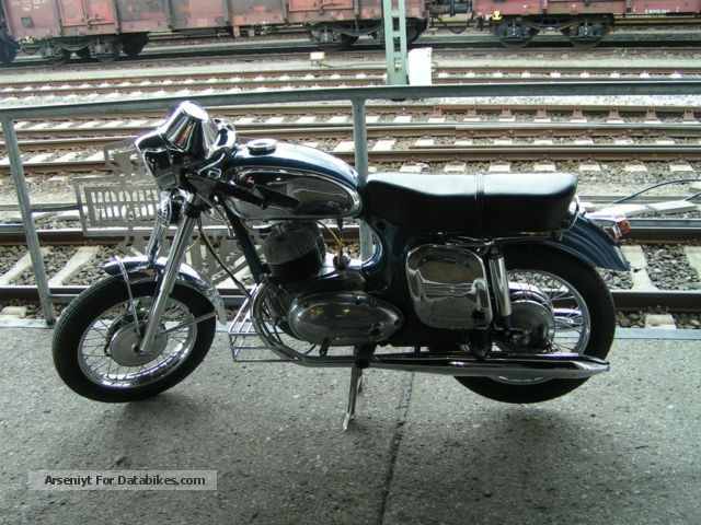 1966 Jawa  350 Motorcycle Motor-assisted Bicycle/Small Moped photo