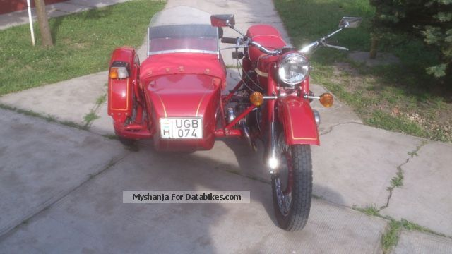 Ural  M67-36 1976 Vintage, Classic and Old Bikes photo