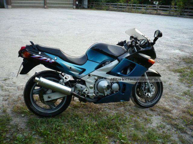 1994 Kawasaki  ZR600 Motorcycle Motorcycle photo