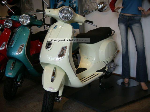 Vespa  LX 50 2012 Scooter photo