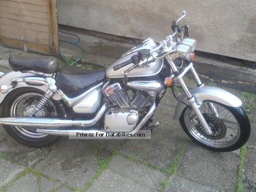 Suzuki  Intruder 2002 Chopper/Cruiser photo