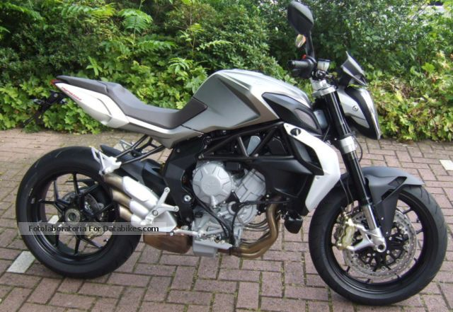 2013 MV Agusta  Brutale 800 Motorcycle Streetfighter photo