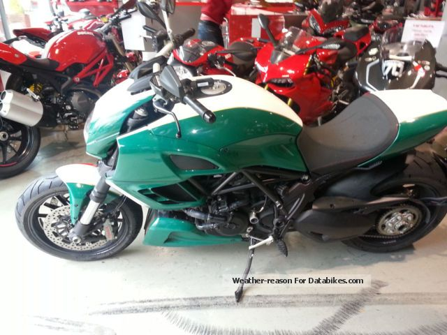 2013 Ducati  Diavel ABS ! Tricolore ! Motorcycle Chopper/Cruiser photo