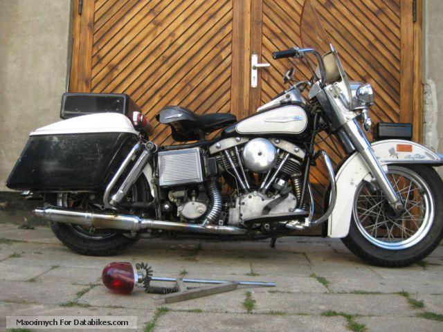 Harley Davidson  Harley -Davidson FLH Orignal Polizeimaschiene 1968 Vintage, Classic and Old Bikes photo