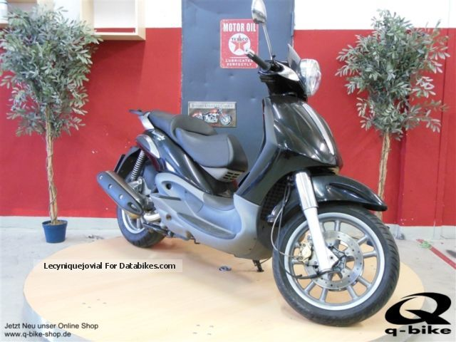 2003 Vespa  Beverly 500 Motorcycle Motorcycle photo
