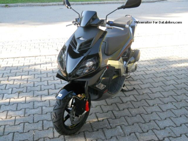 2008 Derbi  250 GP1i scooter / very good condition Motorcycle Scooter photo
