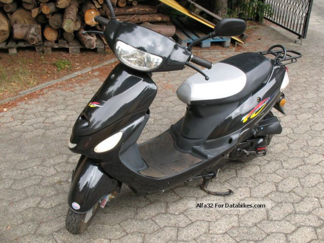 Baotian  BT 50 Flic Flac 2005 Motor-assisted Bicycle/Small Moped photo