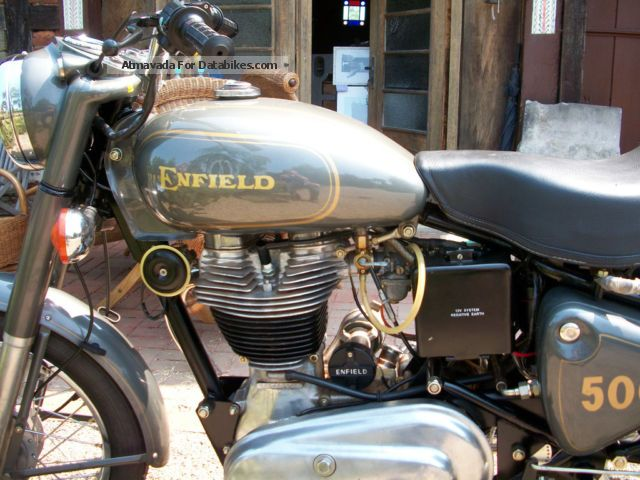 2002 Royal Enfield  Bullet 500 new condition Motorcycle Motorcycle photo