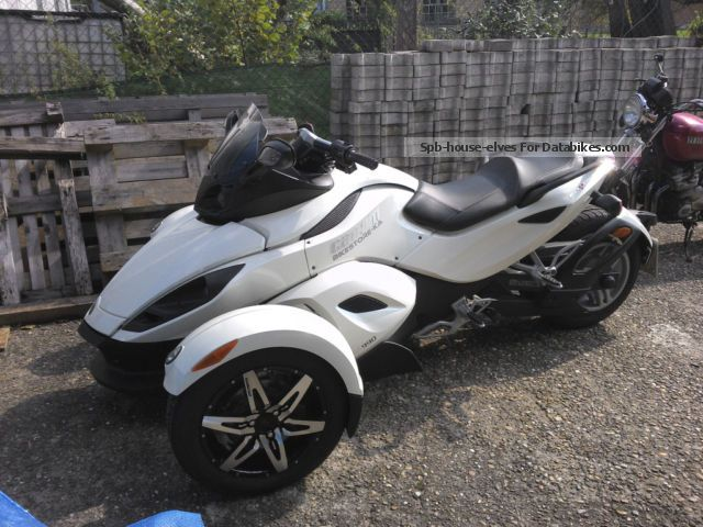 Bombardier  Can-Am Spyder RS-S 990 SE 2010 Trike photo