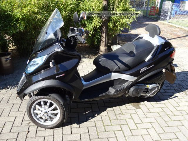 Piaggio  MP 3 LT 500 2012 Scooter photo