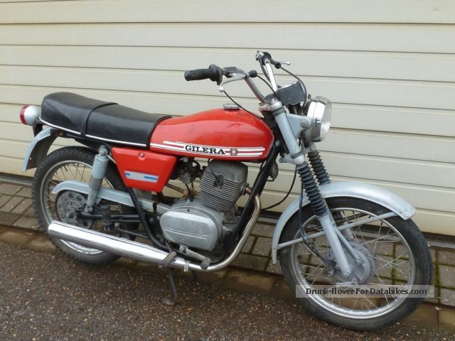 Gilera  Strada Arcore 125 / € 677 1977 Vintage, Classic and Old Bikes photo