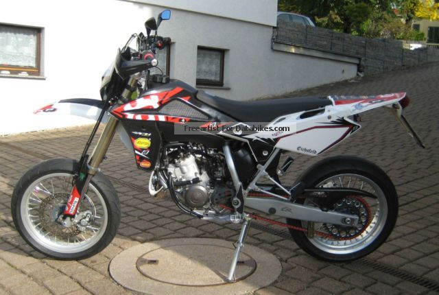 2012 Husqvarna  SM 125 Motorcycle Super Moto photo