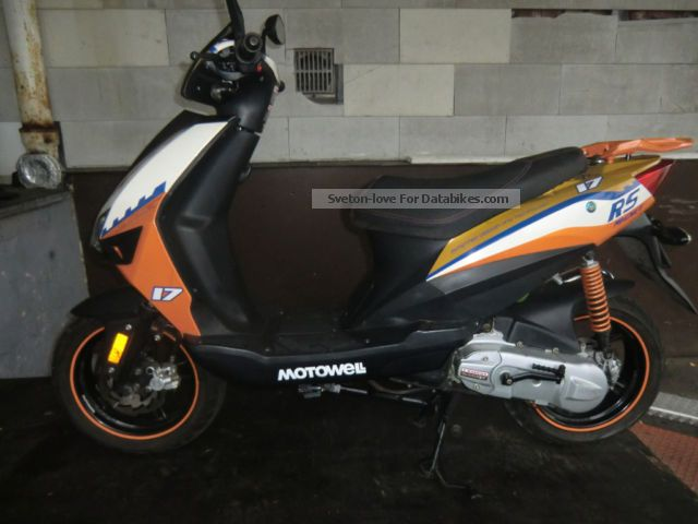 2011 Motowell  RS Motorcycle Scooter photo