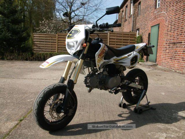 2007 Other  Supermoto Motorcycle Super Moto photo