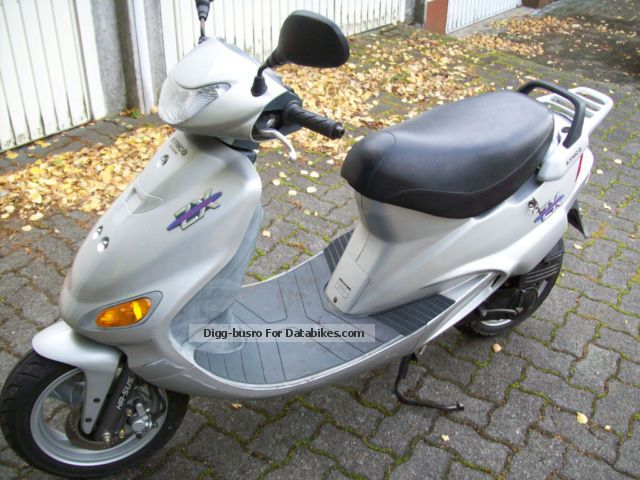Kymco  ZX with only 1680km run insurance 2001 Scooter photo
