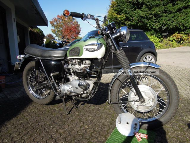 2012 Triumph  TR6C - Trophy Motorcycle Motorcycle photo